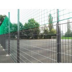 Ballfangnetz-Anlage mit Doppelstabmatte, 25 m